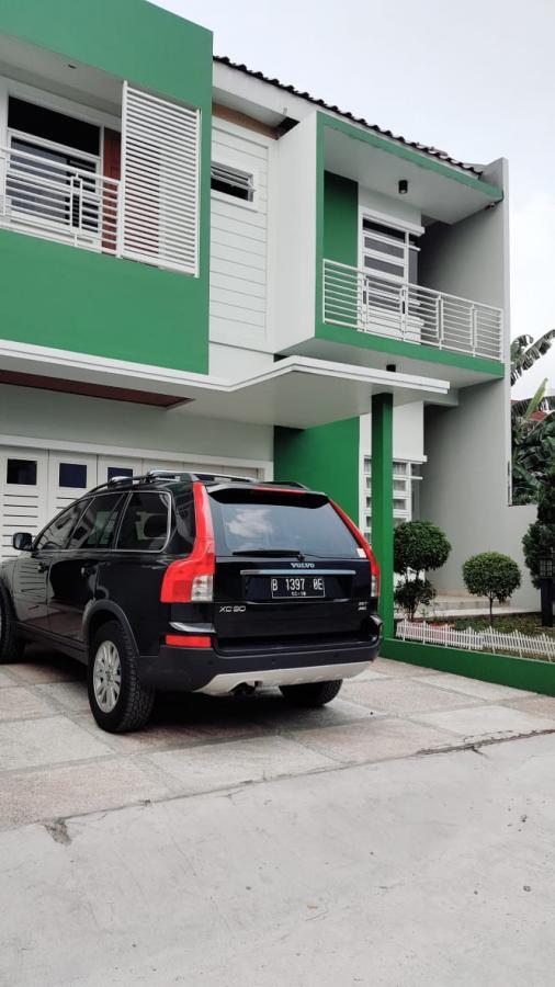 Rumah Cluster Mewah di Cipedak Ciganjur Jagakarsa Jakarta Selatan
