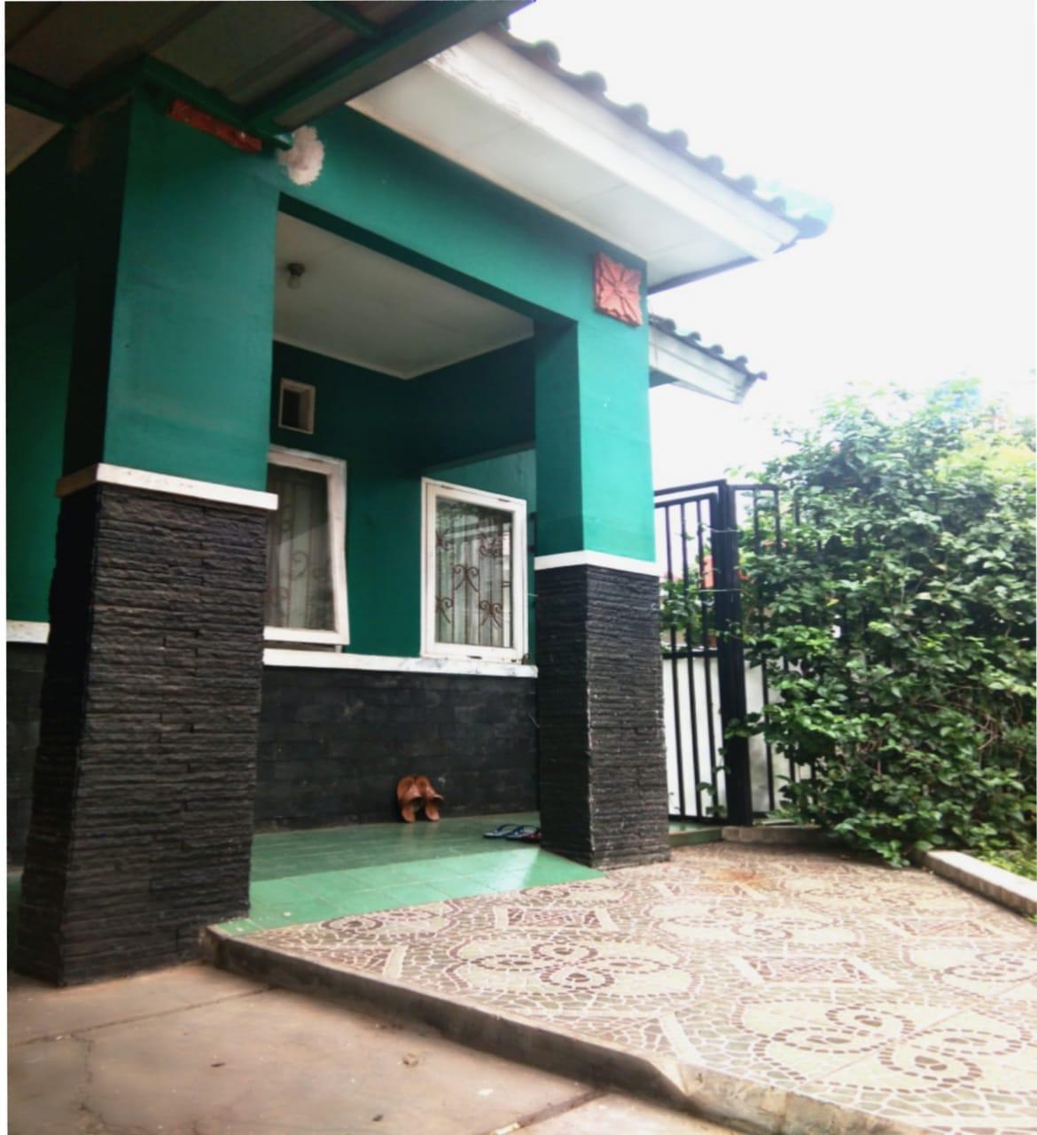 Rumah Dijual di Graha Raya Bintaro ** Cluster Adena **