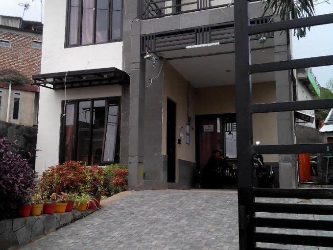 Rumah 2 lantai murah dan bagus bisa kpr di ujung berung bandung